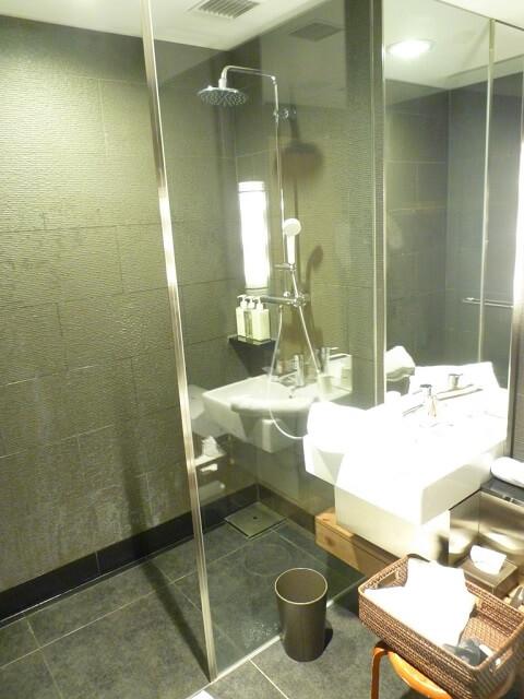 サクララウンジではシャワーを浴びることも可能です